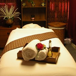 (courtesy of http://www.yelp.com/biz/thai-art-of-massage-san-mateo)